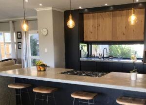 Минусы кухонь под потолок