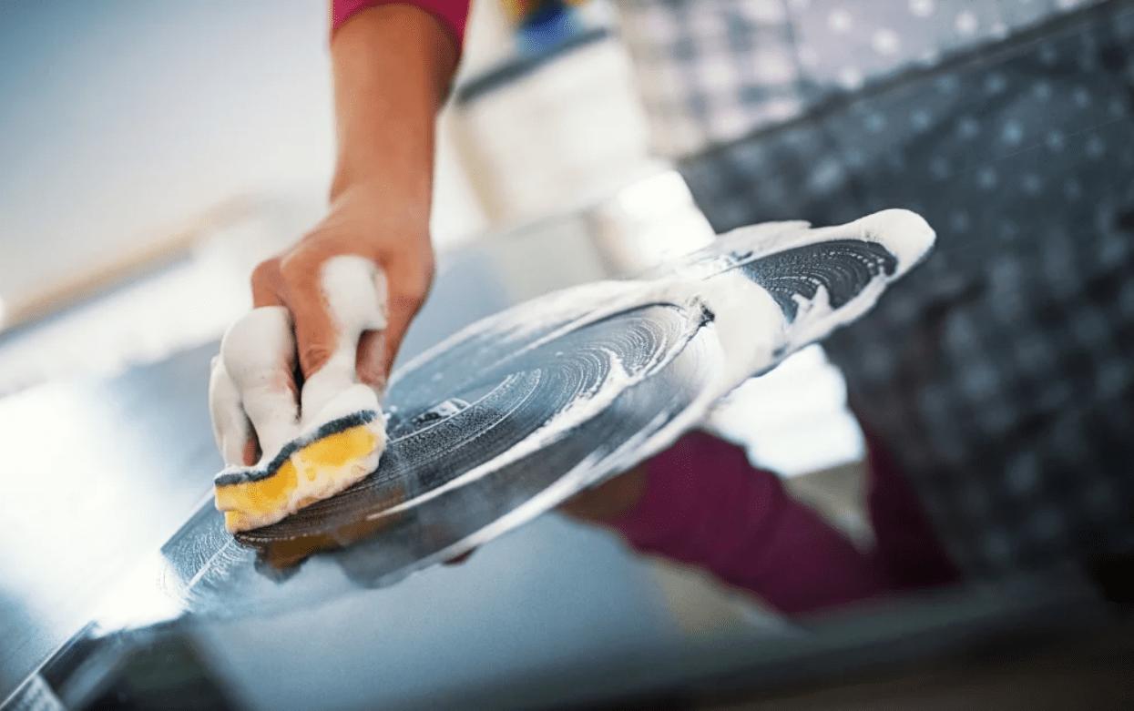 Уход за акриловой кухней